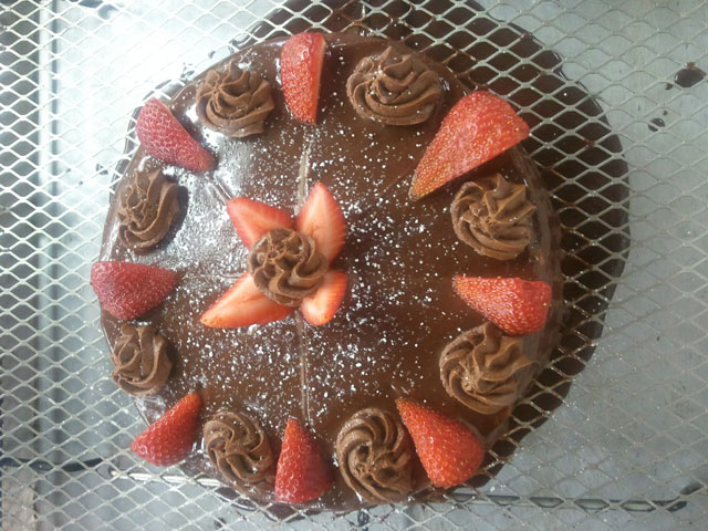 Chocolate-Strawberry-Cake-s