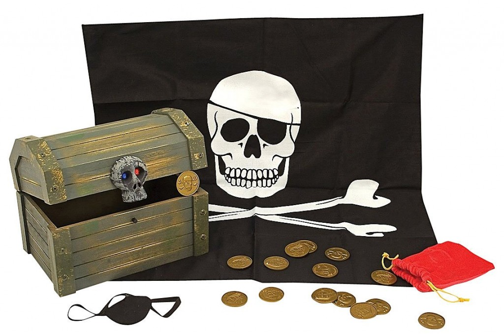 Pirate Treasure chest Toy on QuiBids