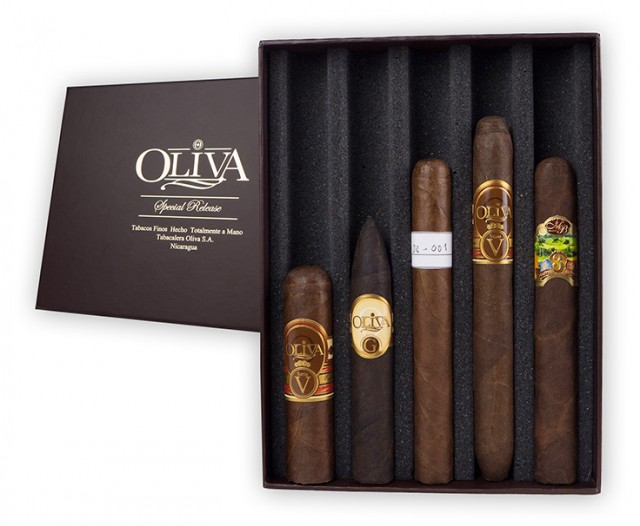 Oliva Cigar Sampler box on QuiBids