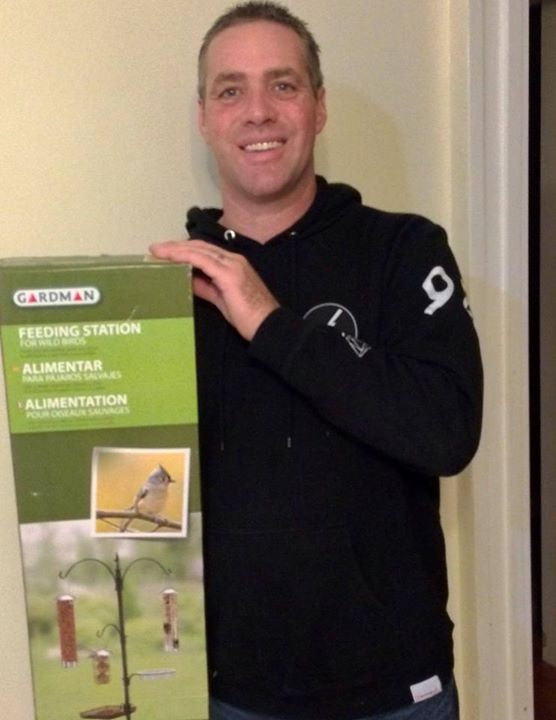 Doug won this bird feeding kit for $0.13 using only 4 voucher bids! #QuiBIdsWin