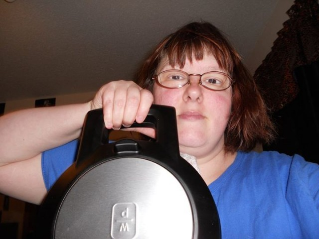 Virginia won this waffle maker for $0.71 using 21 real bids and 10 voucher bids! #QuiBidsWin