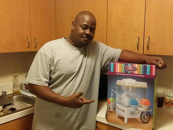 Brian won this snow cone maker for $0.21 using 7 real bids and saved 88%! #QuiBidsWin