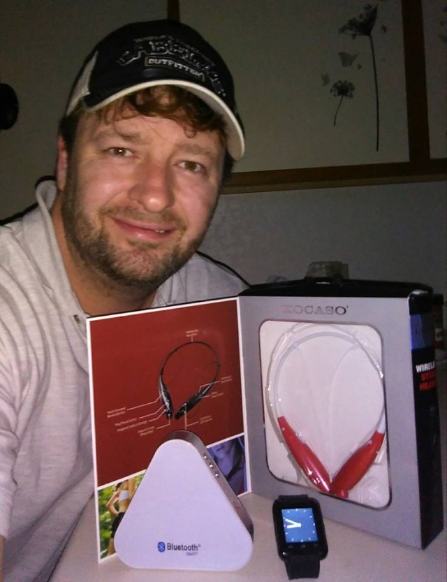 Steve used 2 voucher bids to win these Bluetooth earbuds for only $1.83 and he saved 94%! #QuiBidsWin