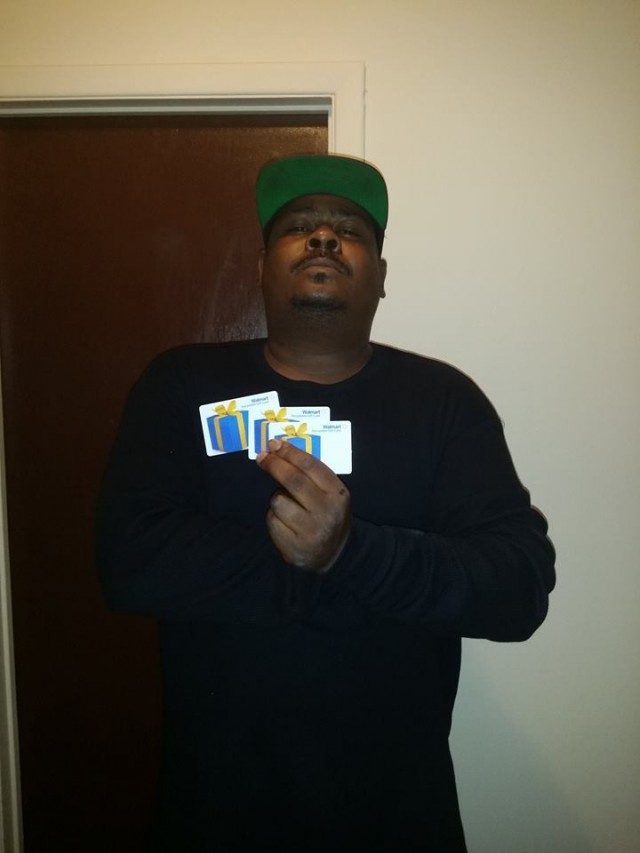 Brian won 3 $15 gift cards (+60 bids) for $0.90 using 25 real bids and 5 voucher bids! #QuiBidsWins