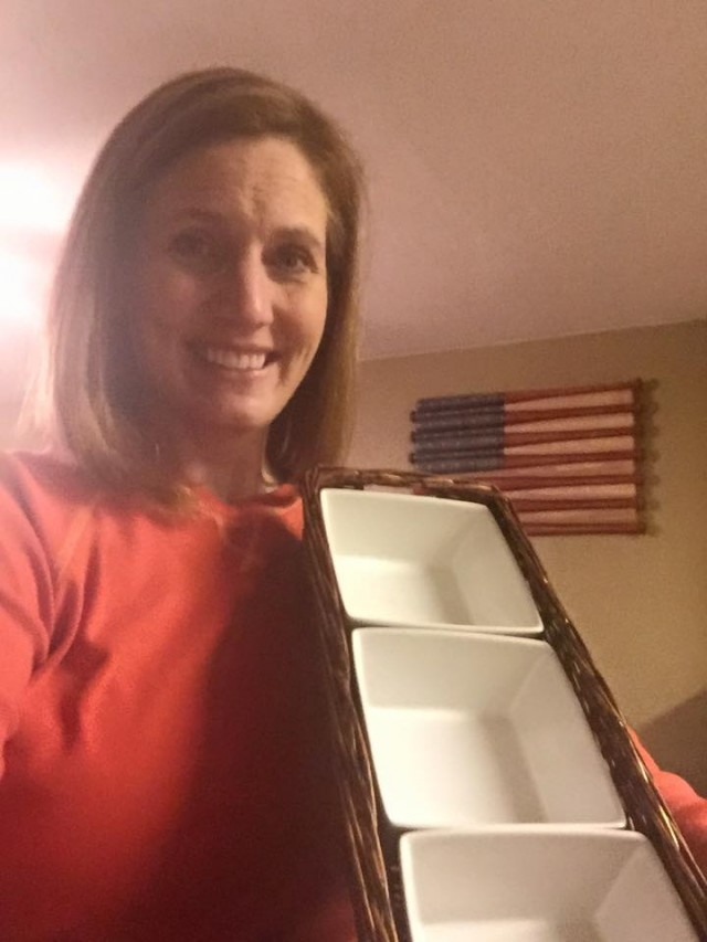 Wendi won this serving set for $0.48 using only 11 voucher bids! #QuiBidsWin