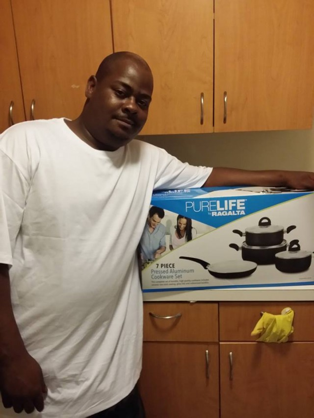 Brian won this 7pc Cookware Set for $0.31 using 17 voucher bids and saved 98%! #QuiBidsWin