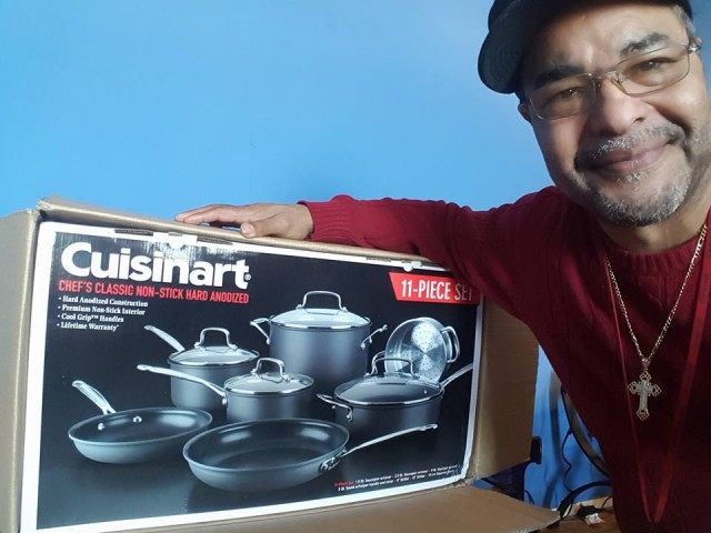 Jeffrey used 14 voucher bids to win this Cuisinart 11 piece cookware set for $0.32! #QuiBidsWin