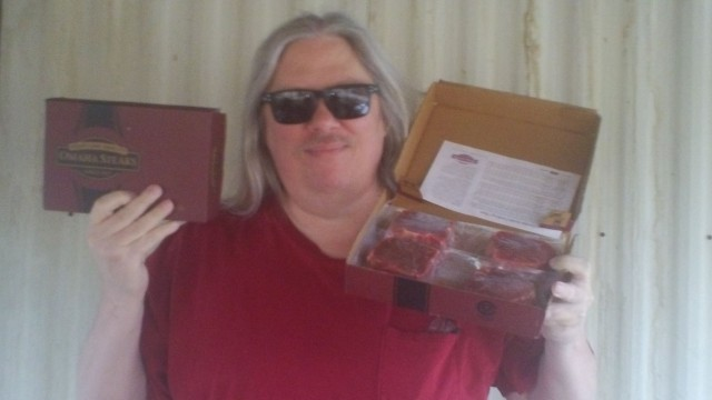 David won this Omaha Steaks combo for $0.14 using 5 real bids and 1 voucher bid! #QuiBidsWin