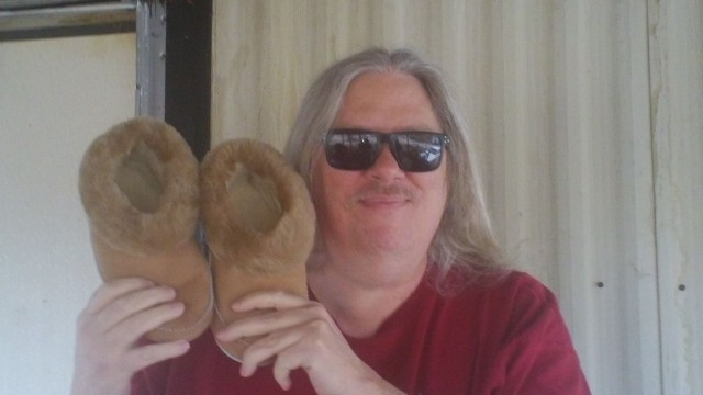 David won these sheepskin slippers for $0.11 using only 4 voucher bids! #QuiBidsWin