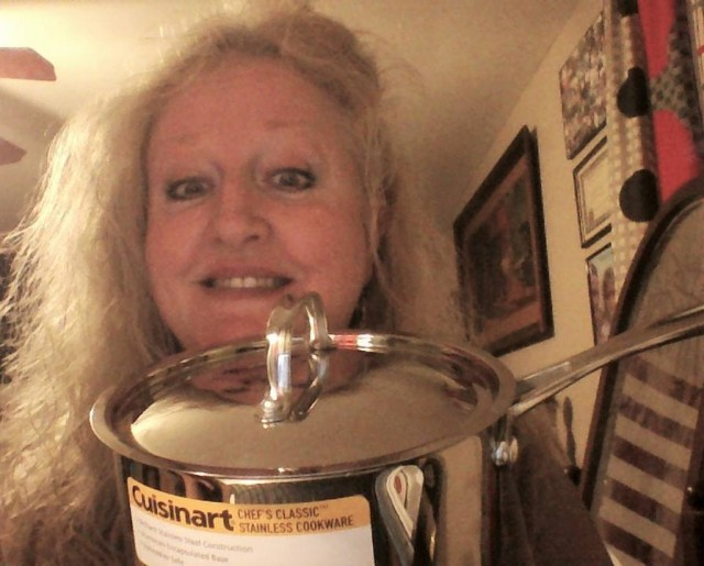Teresa won this sauce pan for $0.23 using only 8 voucher bids! #QuiBidsWin