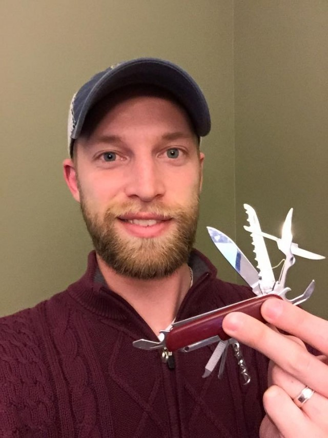 Aaron used 1 bid to win this 13pc multi-tool pocket knife for only $0.16! #OneBidWin #QuiBidsWin