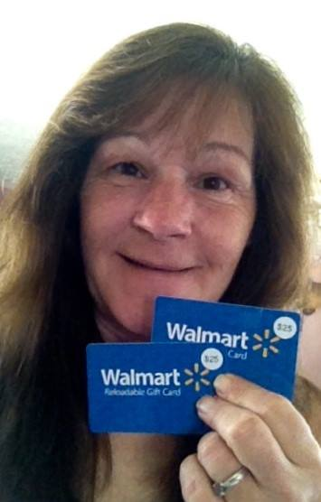 Janise won these 2 gift cards on QuiBids and saved big! #QuiBidsWins