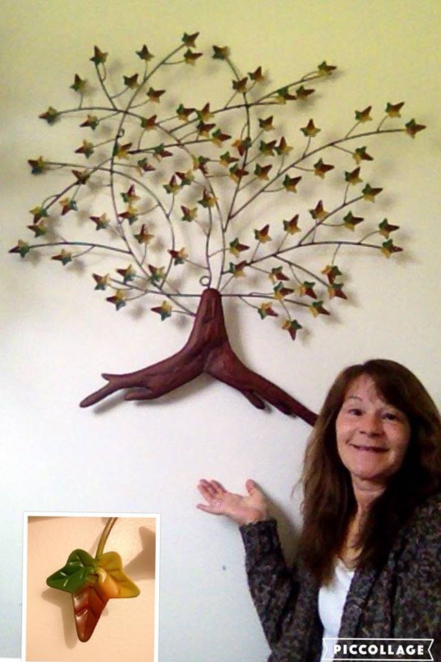 Janise won this autumn tree decor for $0.82 using just 11 voucher bids and saved 99%! #QuiBidsWin