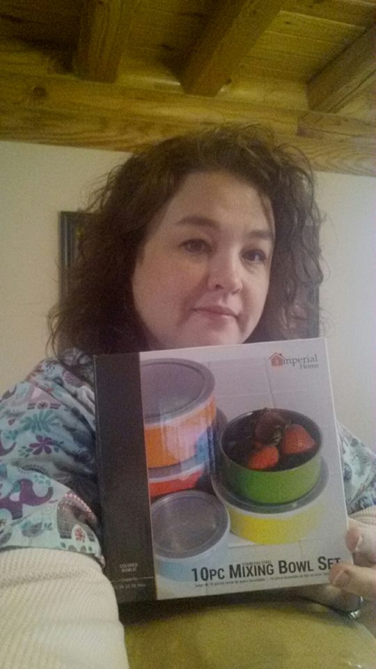 Shanon won this 5pc mixing bowl set for $2.65 using 52 voucher bids! #QuiBidsWin