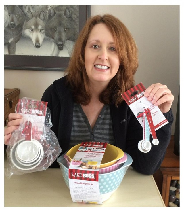 Connie used 8 voucher bids to win this Cake Box mixing set for only $0.39! #QuiBidsWin