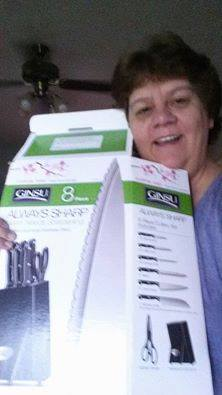 Jodi used 53 voucher bids to win this knife set for only $1.32! #QuiBidsWin