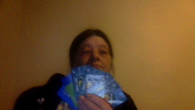 Lisa won 4 $10 gift cards all for less than $5! #QuiBidsWins
