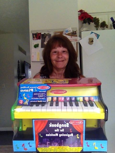 Janise won this Melissa and Doug piano for $0.12 using only 6 voucher bids! #QuiBidsWin