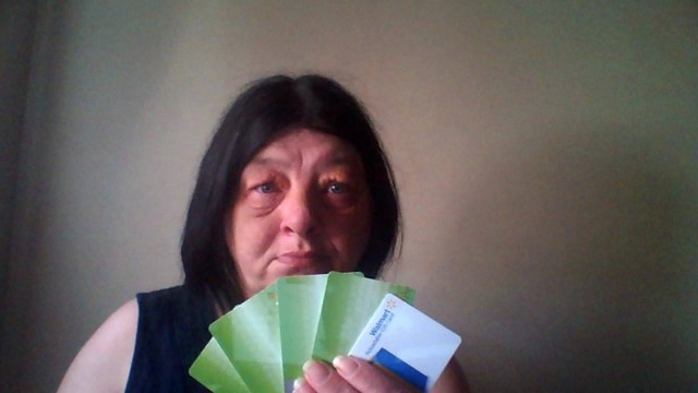 Lisa won all of these gift cards on QuiBids!