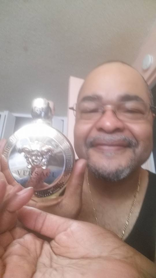 Jeffrey won this Versace perfume for $0.78 using only 3 voucher bids! #QuiBidswin