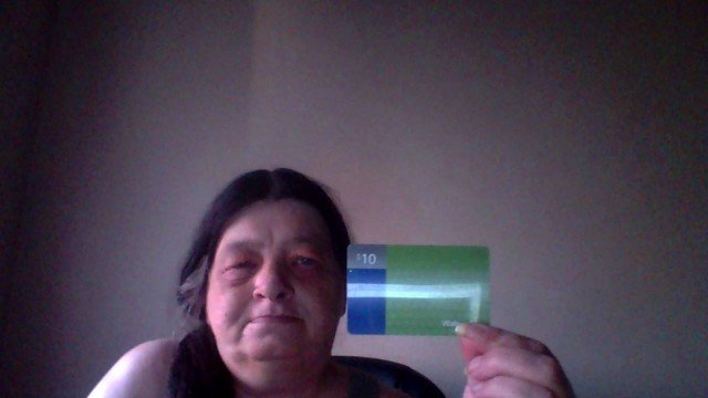 Lisa won this $10 gift card (+20 bids) for $0.66 using 26 voucher bids! #QuiBidsWin