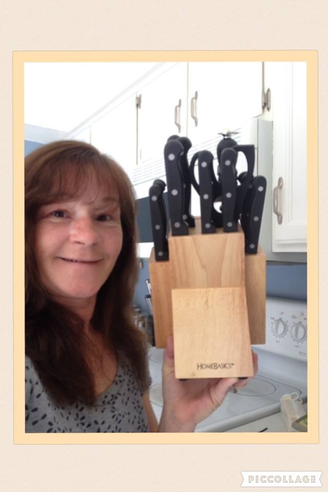 Janise used 38 voucher bids to win this knife set for $1.80! #QuiBidsWin