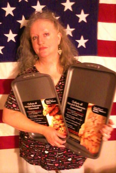 Teresa won this cookie sheet set for $0.04 using only 2 voucher bids! #QuiBidsWin
