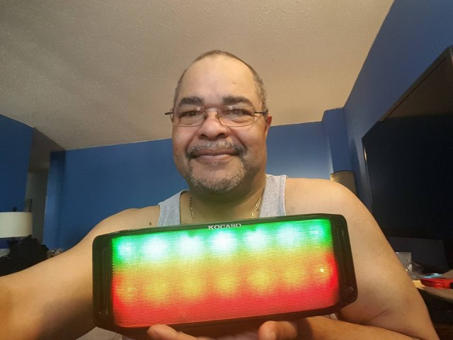 Jeffrey won this rainbow LED wireless Bluetooth speaker for $1.59 using only 29 voucher bids and 15 real bids! #QuiBidsWin
