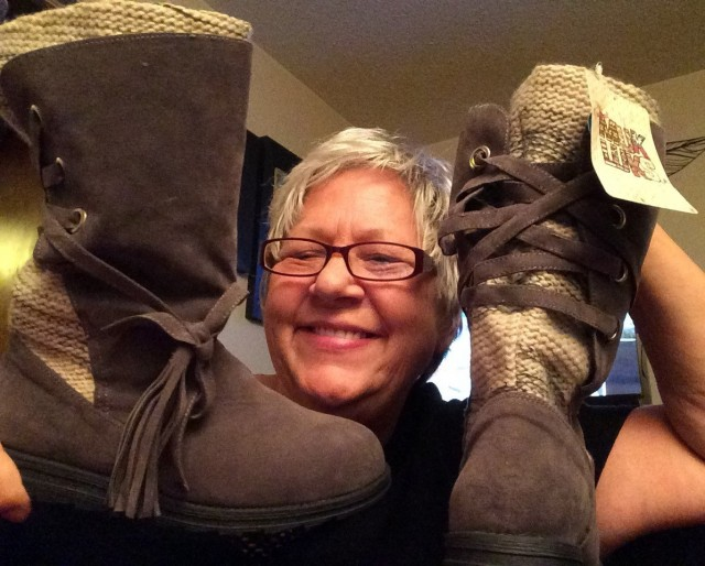 Appy won this MUK LUKS boots for $0.74 using just 31 voucher bids! #QuiBidsWin