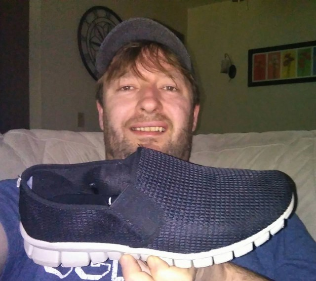 Steve used 25 voucher bids to win these shoes for only $0.64! #QuiBidsWin