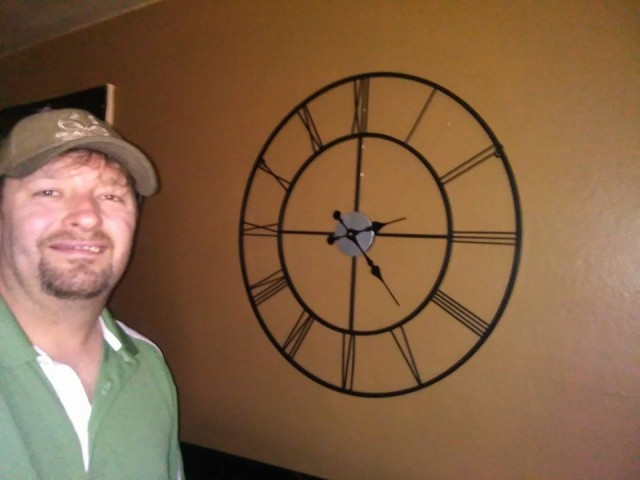 Steve used 17 voucher bids to win this decorative clock for just $0.46! #QuiBidsWin