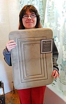 Casimina won this bath mat for $0.10 using only 5 voucher bids! #QuiBidswin