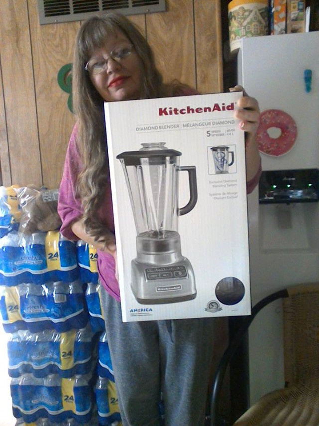 Cathy used 20 real bids to win this KitchenAid blender for only $0.45 and saved 92%! #QuiBIdsWin